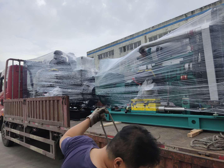 一台500KW上(shang)柴(chai)股份開架式發電機組???
